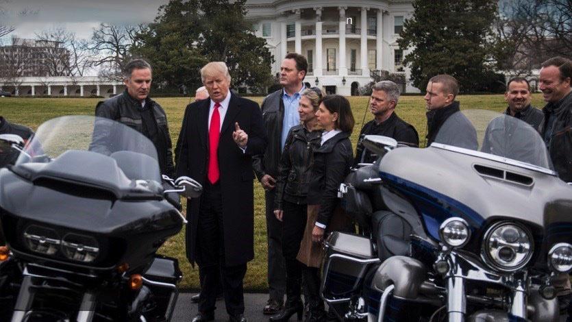 موتور های هارلی دیویدسون در کاخ سفید
