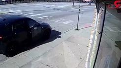 2 مرد ماشین لوکس افسر پلیس را دزدیدند! + تصویر