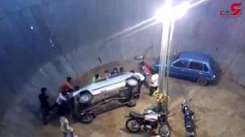 تصادف شدید موتورسوار حین نمایش بر روی دیوار مرگ! +فیلم