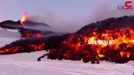 فعال شدن آتشفشان در قلب سرزمین برفی + فیلم