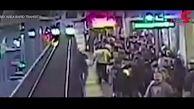 نجات باورنکردنی مسافر قطار چند ثانیه قبل از مرگ فجیع + فیلم