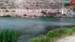 لحظه سقوط ماشین به داخل دریاچه+ تصویر