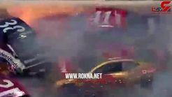 فیلم تصادف هولناک چند خودرو در پیست اتومبیل رانی