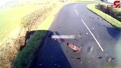 لحظه تصادف تلخ خودرو سواری با کامیون +فیلم