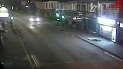 سرعت مرگبار راننده آئودی هنگام تصادف وحشتناک عابر پیاده را 30 متر در خیابان پرت کرد! +فیلم