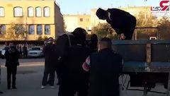اولین فیلم از لحظه اعدام 3 سارق مسلح در شیراز / آنها یک پلیس را شهید کرده بودند +عکس