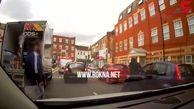 اقدام وحشیانه راننده خودرو در خیابان+فیلم