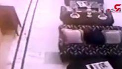 وحشت مسافران هتل از دیدن صحنه ای باور نکردنی در لابی+ فیلم