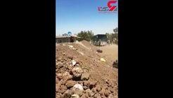 چپ شدن اتوبوس مسافربری در سوریه + فیلم