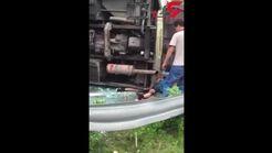 واژگونی وحشتناک اتوبوس 39 کشته و زخمی بر جای گذاشت! +فیلم
