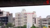 فیلم لحظه خودکشی روی پل جمهوری مشهد / ببینید مردم چه کردند؟  +فیلم