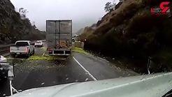 فیلم تصادف وحشتناک کامیون حامل میوه در جاده