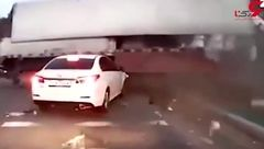 یک قدم مانده به مرگ ؛ رانندههای خوششانس در شدیدترین تصادفات + فیلم