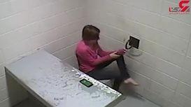 صحنه فرار یک زن از بازداشتگاه پلیس + فیلم