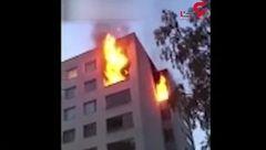مرگ دردناک یک مرد هنگام فرار از آتش طبقه هفتم + فیلم