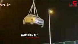 لحظه وحشتناک سقوط پل روگذر حین عبور خودروها + فیلم  / چین